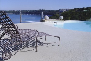 4 Ways To Resurface Your Pool Deck