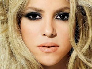 The Ultimate 10 Best Shakira Songs You Have To Listen To