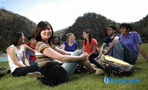 5 Ways To Ease The Culture Shock When Studying Abroad