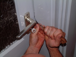 5 Reasons Why Your House Will Get Broken Into