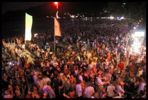 Complete Your Thailand Tour With Koh Phangan Full Moon Party 1