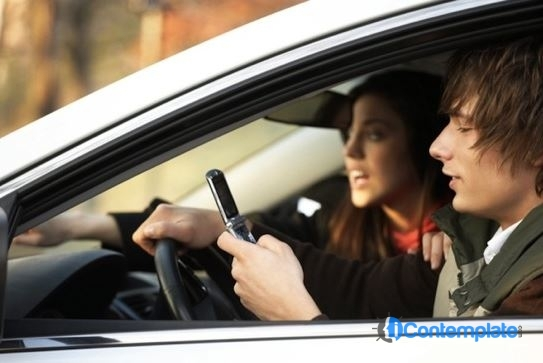 6 Tips To Teach Your Teens The Dangers Of Distracted Driving
