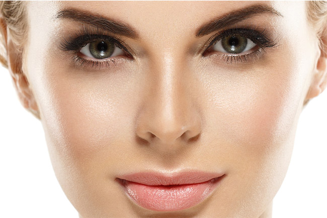 How To Improve The Delicate Eye Skin Area