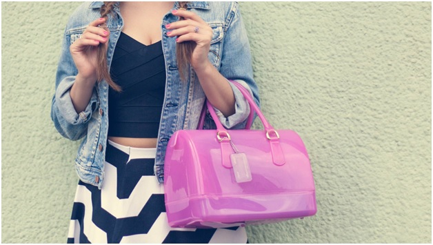 10 Trendy and Stylish Fashion Things For Every Girl